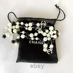 CHANEL VIP Gift Beauty CC logo With Pearls Silver Tone Metal Necklace